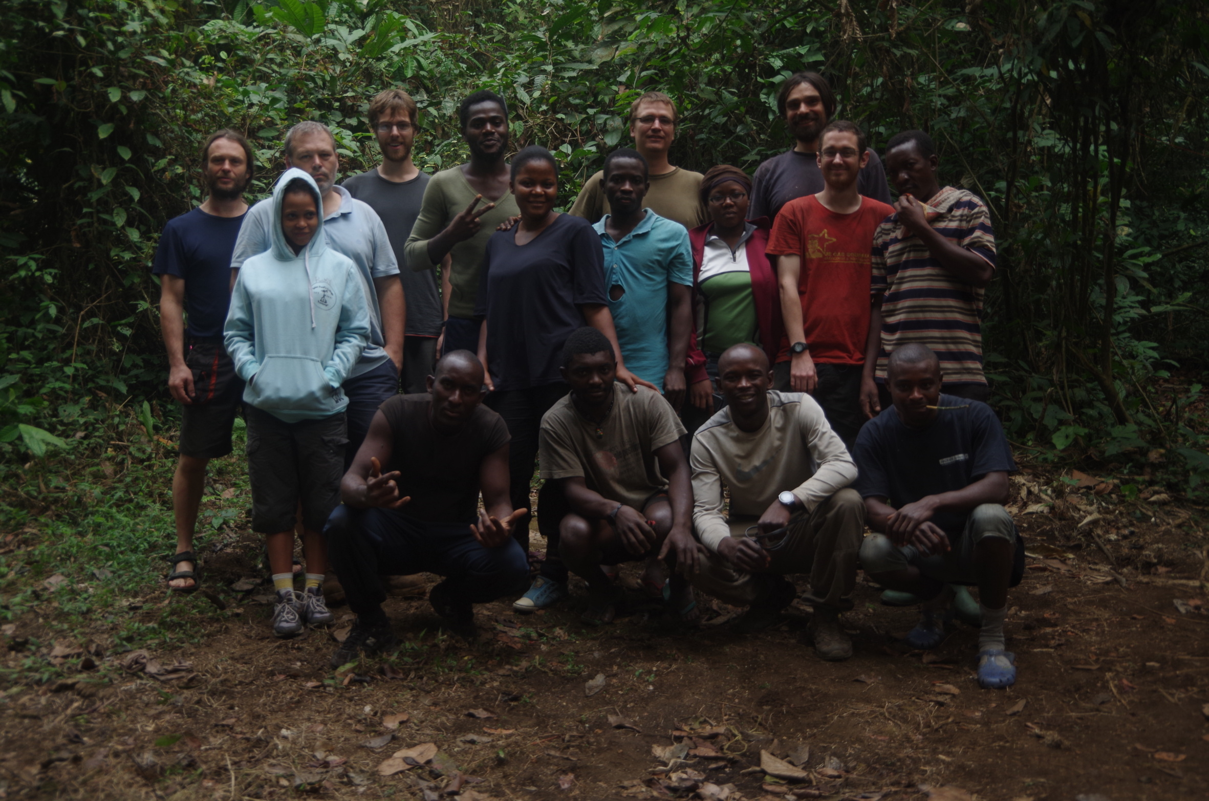 Our international team of researchers, students and assisstants just before leaving the camp on the last day.